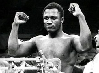 http://vringe.com/images/stories/ring/interviews/2011/11/joe-frazier-interview.jpg