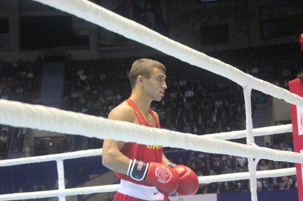 Чм по боксу 2011 баку посмотреть финальный бой василия ломаченко