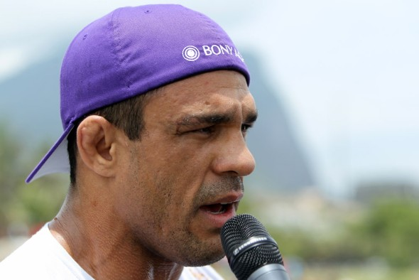 vitor-belfort-anthony-johnson-open-workout-05