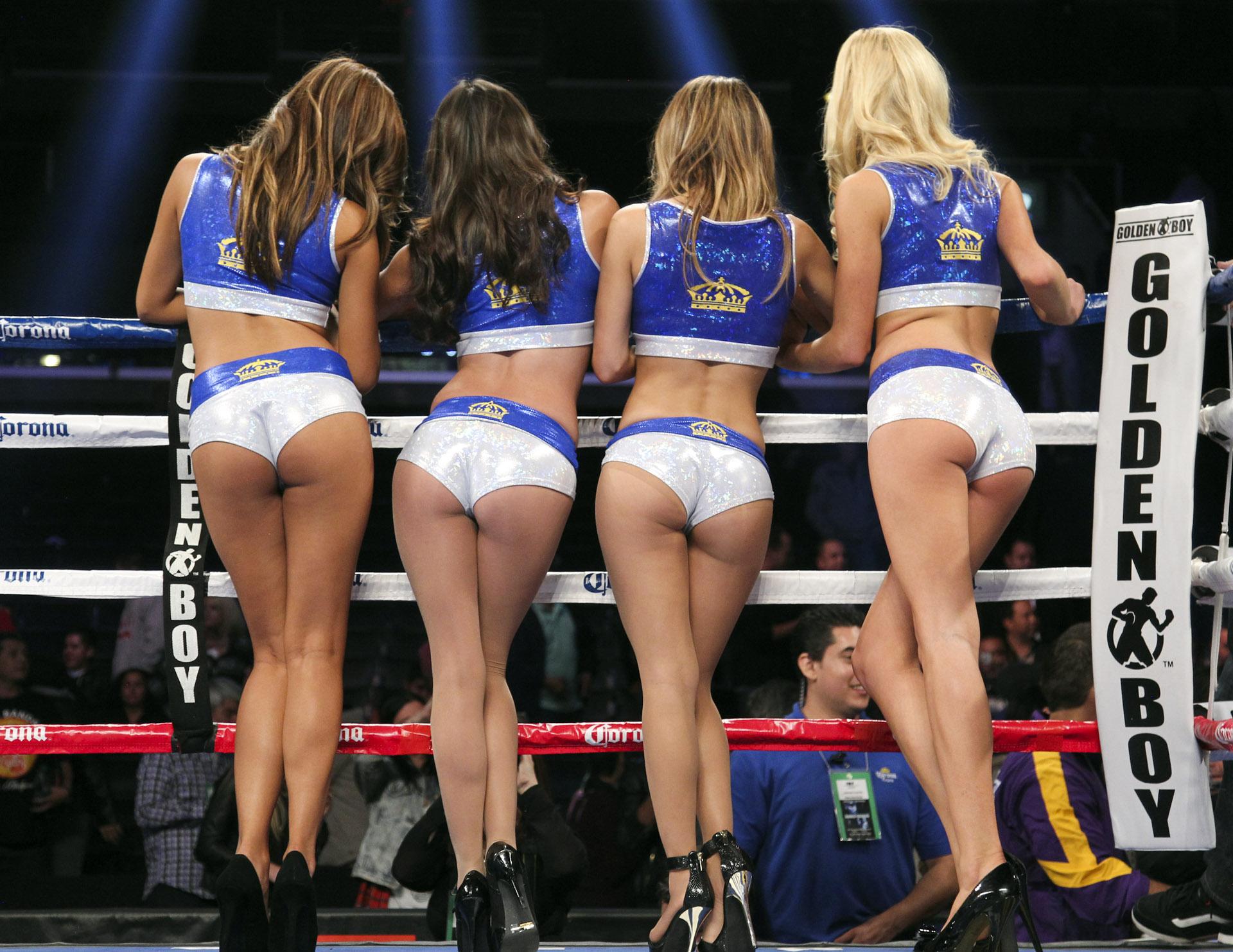 Смотреть голые в боксе без одежды 11 фотография
